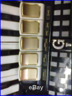 Antica Fisarmonica Funzionante Modello Piccolo