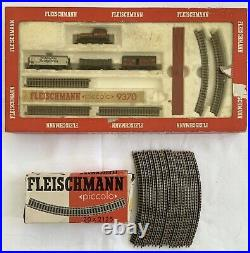 FLEISCHMANN Piccolo 9370 N Gauge Train Set in Box with Engine Cars + Extra Track