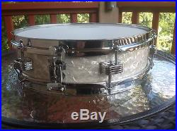 Ludwig 1967 Wood Piccolo Snare 3 x 13